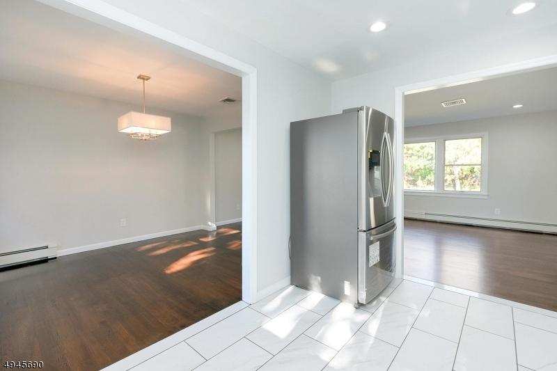 Single Family Homes för Försäljning vid Fair Lawn, New Jersey 07410 Förenta staterna
