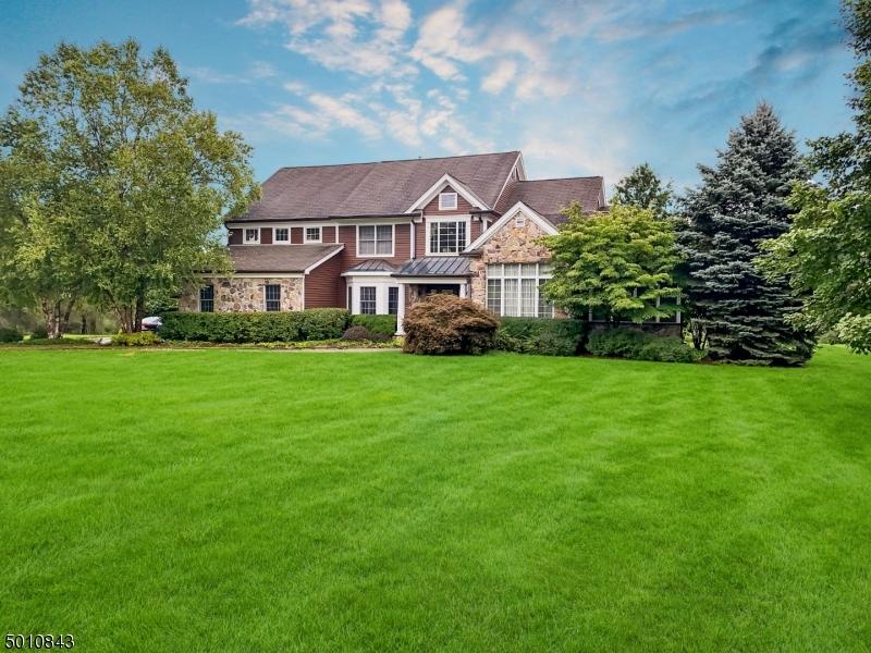 Single Family Homes för Försäljning vid Clinton, New Jersey 08833 Förenta staterna