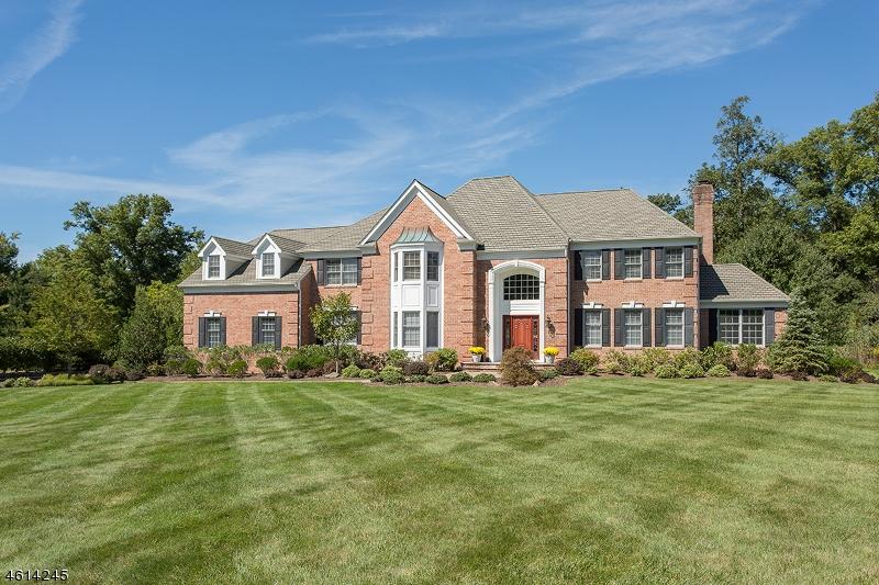 Maison unifamiliale pour l Vente à 7 Ponds Edge Lane Warren, New Jersey 07059 États-Unis