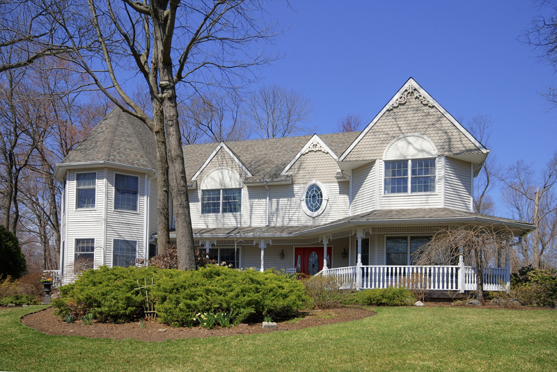 独户住宅 为 销售 在 72 Heather Court 阿伦达, 07401 美国