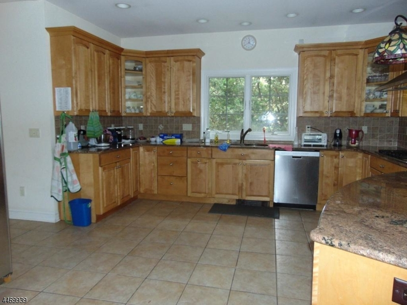 Additional photo for property listing at 416 Piermont Road  Closter, Нью-Джерси 07624 Соединенные Штаты