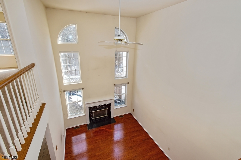 Additional photo for property listing at 2805 Johnson Circle  Bridgewater, Nueva Jersey 08807 Estados Unidos