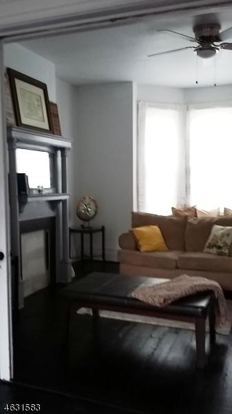 Additional photo for property listing at 245 Virginia Avenue  Jersey City, Нью-Джерси 07304 Соединенные Штаты