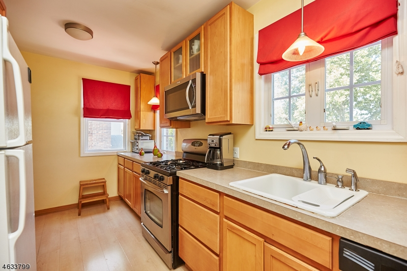 Additional photo for property listing at 1124 Bushnell Street  Union, New Jersey 07083 États-Unis