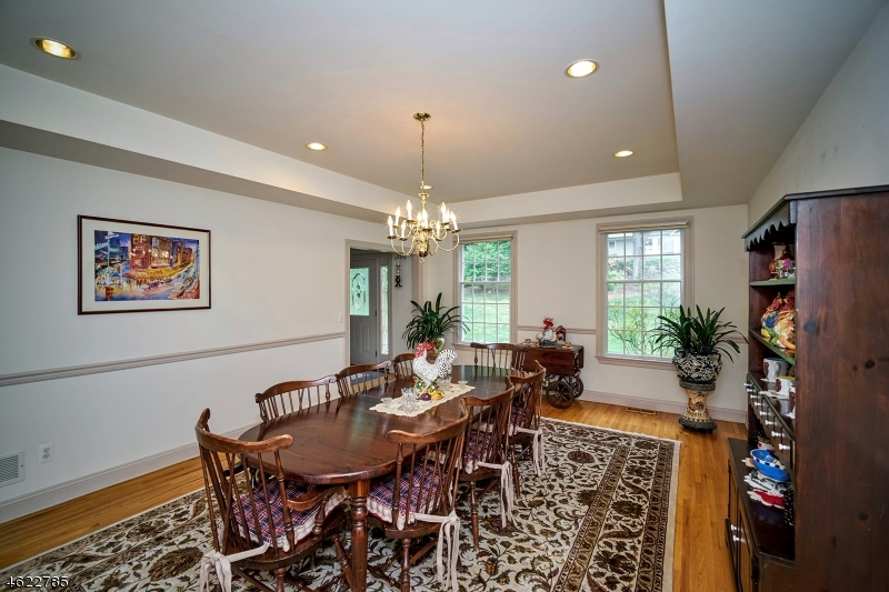 Additional photo for property listing at 176 Mountainside Road  Mendham, New Jersey 07945 États-Unis