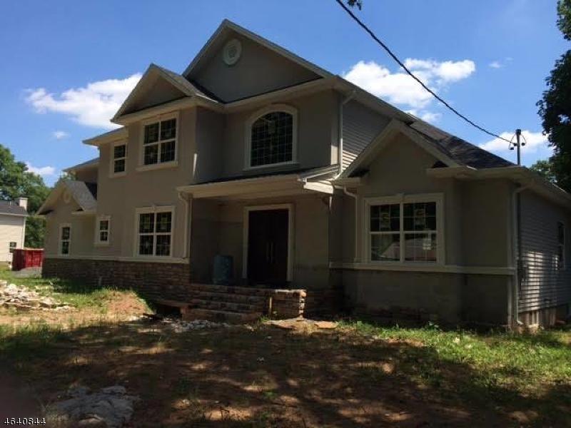 独户住宅 为 销售 在 1027 Field Avenue 平原镇, 07060 美国