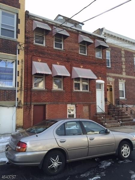 Частный односемейный дом для того Продажа на 228 Niles Street Elizabeth, Нью-Джерси 07202 Соединенные Штаты
