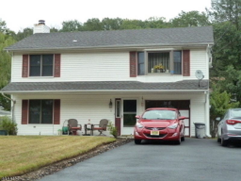 Single Family Home for Sale at 11 Tobyhanna Trl APPROVED Hopatcong, New Jersey 07843 United States