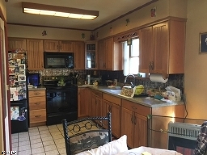 Additional photo for property listing at 11 Tobyhanna Trl APPROVED  Hopatcong, New Jersey 07843 United States