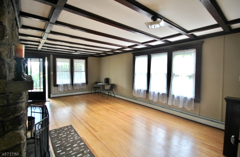 Additional photo for property listing at 110 Brooklyn Road  Stanhope, New Jersey 07874 United States