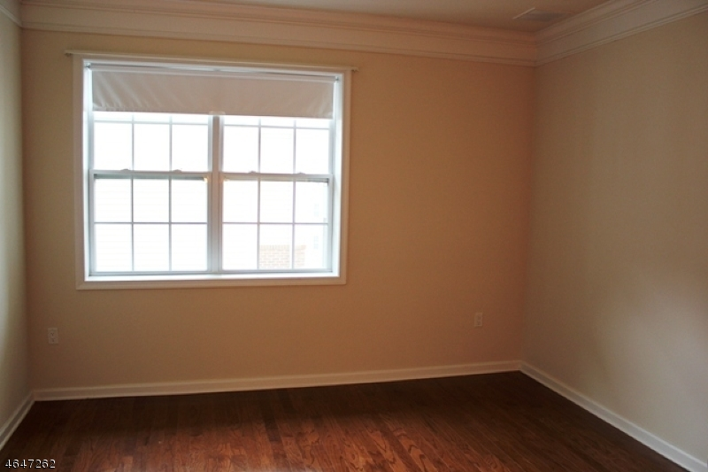 Additional photo for property listing at 3406 Warrens Way  Wanaque, New Jersey 07465 États-Unis