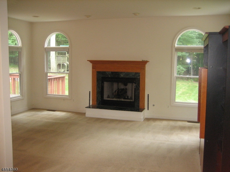 Additional photo for property listing at 53 Barbara Drive  Randolph, New Jersey 07869 États-Unis