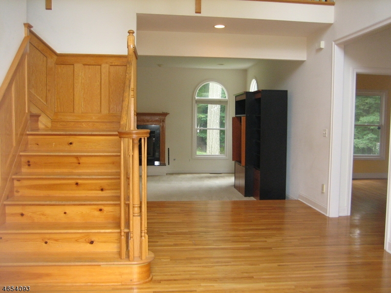 Additional photo for property listing at 53 Barbara Drive  Randolph, Нью-Джерси 07869 Соединенные Штаты
