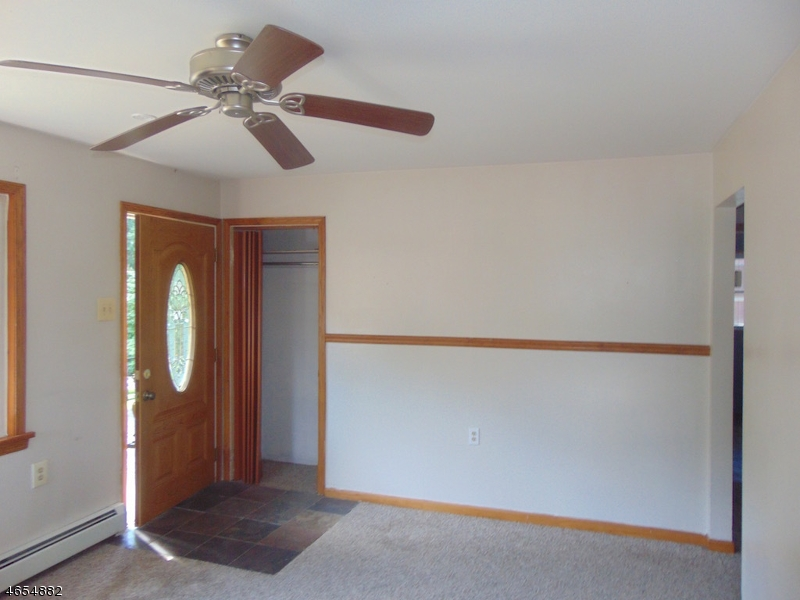 Additional photo for property listing at 1 Pebble Beach Road  Hopatcong, New Jersey 07843 United States