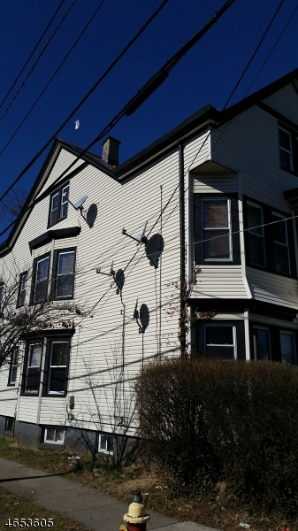 Additional photo for property listing at 72 Graham Avenue  Paterson, New Jersey 07524 États-Unis