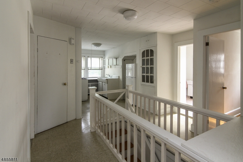 Additional photo for property listing at 15 Orange Heights Avenue  西奥兰治, 新泽西州 07052 美国