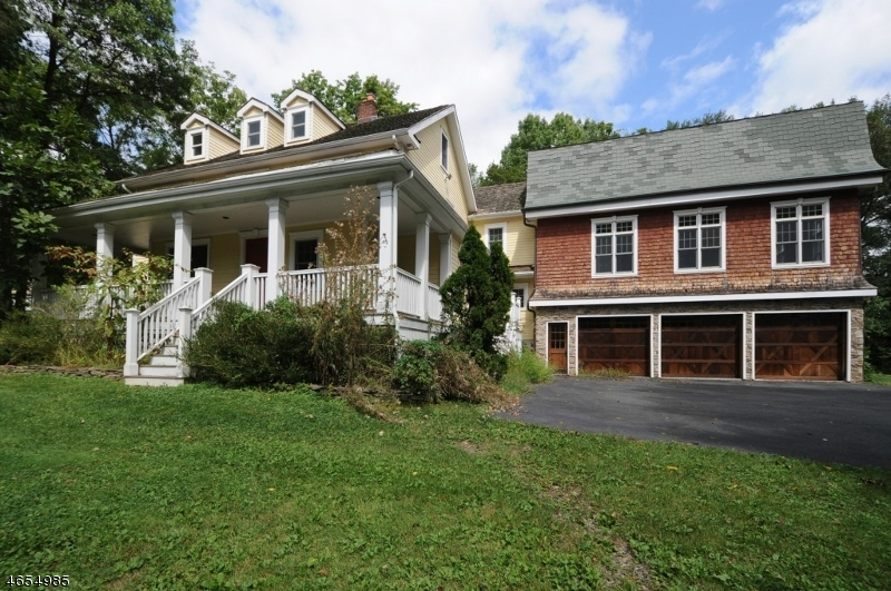 Single Family Home for Sale at 197 Village Road Green Village, 07935 United States