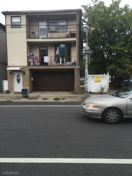 多户住宅 为 销售 在 299 Van Buren Street 纽瓦克市, 新泽西州 07105 美国