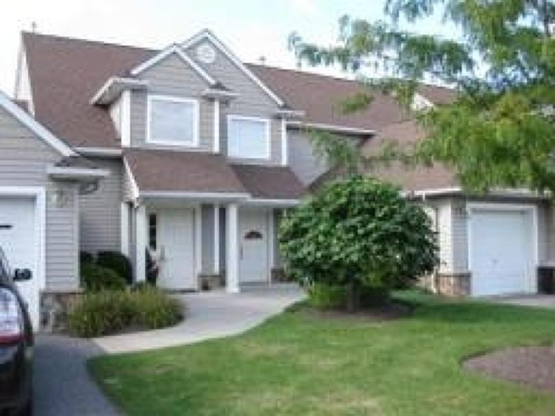 独户住宅 为 出租 在 44 Bourne Circle 汉堡, 新泽西州 07419 美国