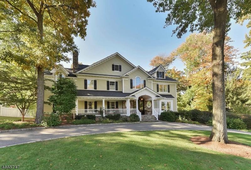 Частный односемейный дом для того Продажа на 677 Laurel Lane Wyckoff, 07481 Соединенные Штаты