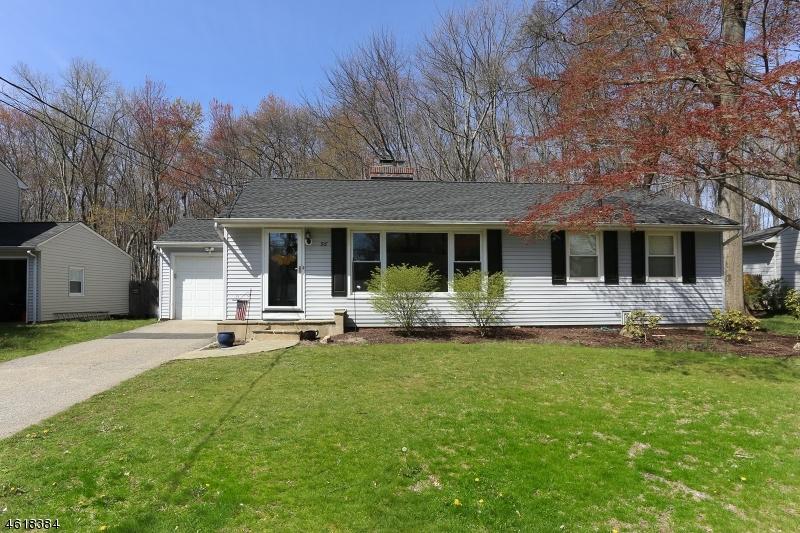 Casa Unifamiliar por un Alquiler en 56 Warren Street Whippany, Nueva Jersey 07981 Estados Unidos