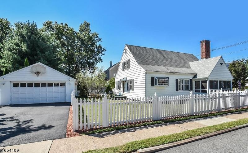 Частный односемейный дом для того Продажа на 145 Washington Avenue Hawthorne, 07506 Соединенные Штаты