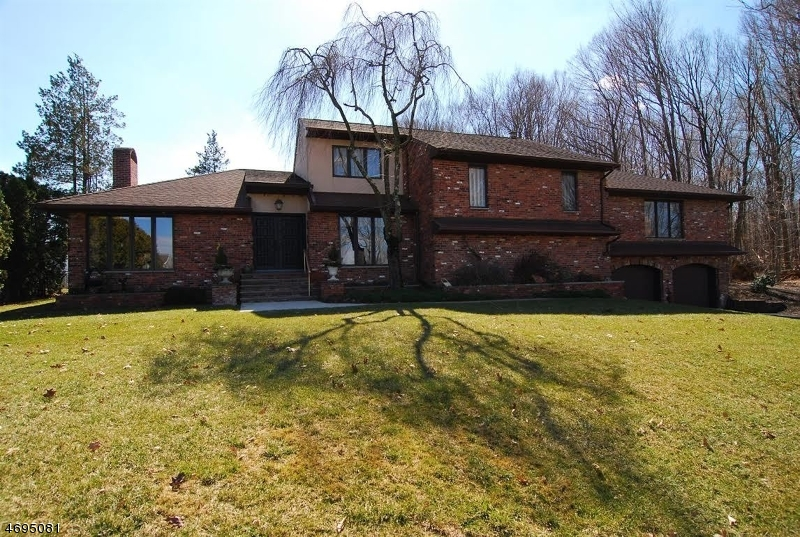 Single Family Home for Sale at 15 Hover Drive Mount Arlington, New Jersey 07856 United States