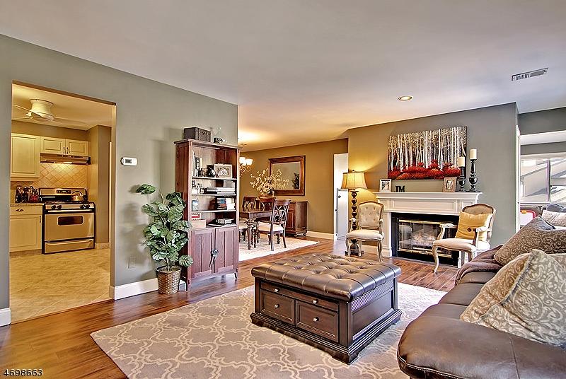独户住宅 为 出租 在 72 Hart Drive 西奥兰治, 新泽西州 07052 美国