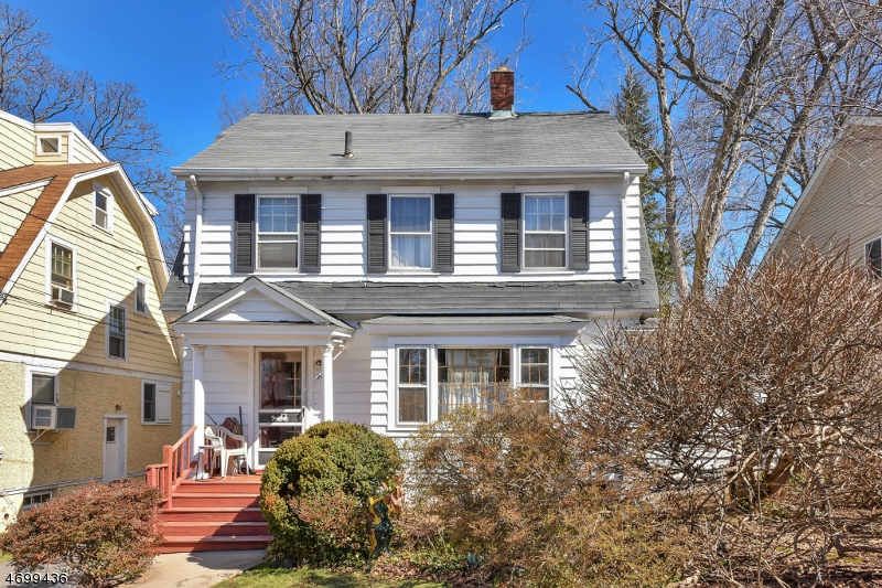 Single Family Home for Sale at 285 Frances Street Teaneck, New Jersey 07666 United States