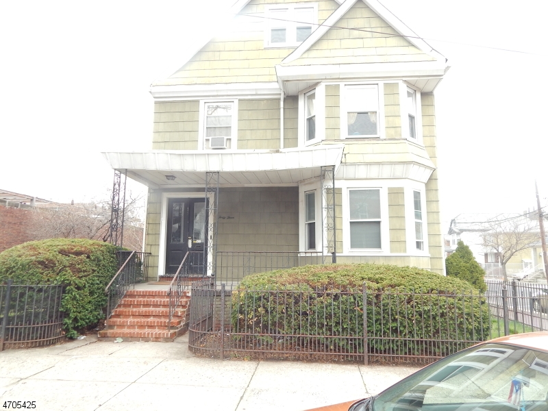 Single Family Home for Rent at 43 South 5TH Street Harrison, New Jersey 07029 United States