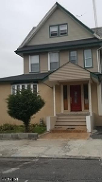 Einfamilienhaus für Verkauf beim 146 Autumn Street 146 Autumn Street Passaic, New Jersey 07055 Vereinigte Staaten