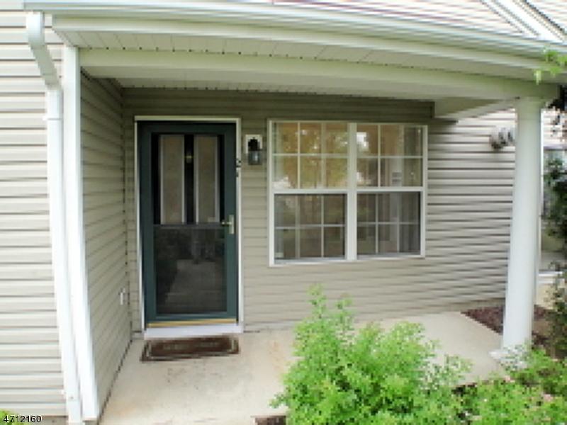 Maison unifamiliale pour l à louer à 21 Four Oaks Road Bedminster, New Jersey 07921 États-Unis