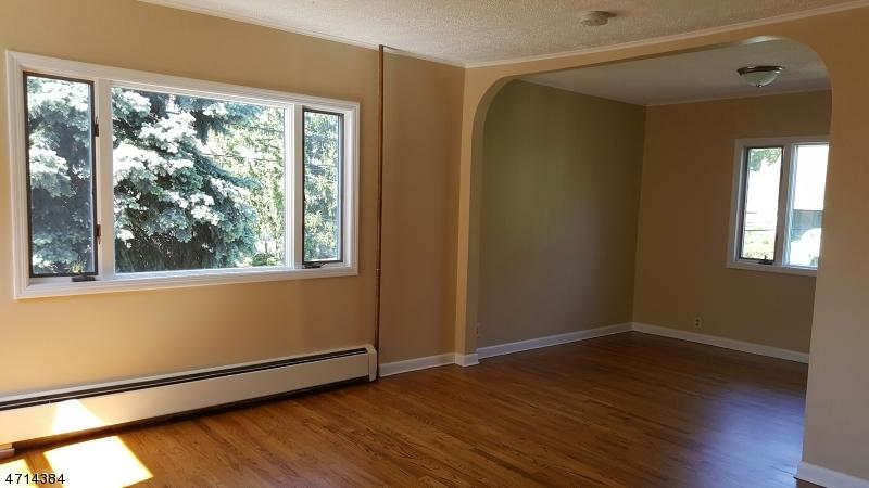 Maison unifamiliale pour l à louer à 200 Montgomery Street Bloomfield, New Jersey 07003 États-Unis