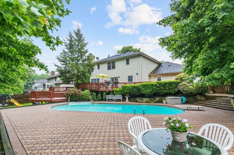 Single Family Home for Sale at 1532 Edly Cove Ct North Brunswick, New Jersey 08902 United States