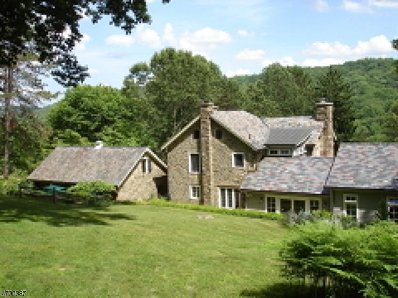 Частный односемейный дом для того Продажа на 367 County Road 513 Lebanon, Нью-Джерси 07830 Соединенные Штаты