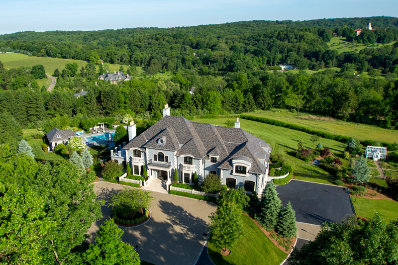 Single Family Home for Sale at 3 Spring Meadow Lane Mendham Borough, 07945 United States