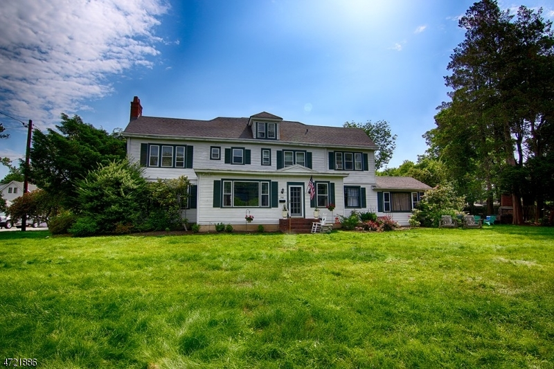Additional photo for property listing at 56 Mount Airy Road  Bernardsville, New Jersey 07924 United States