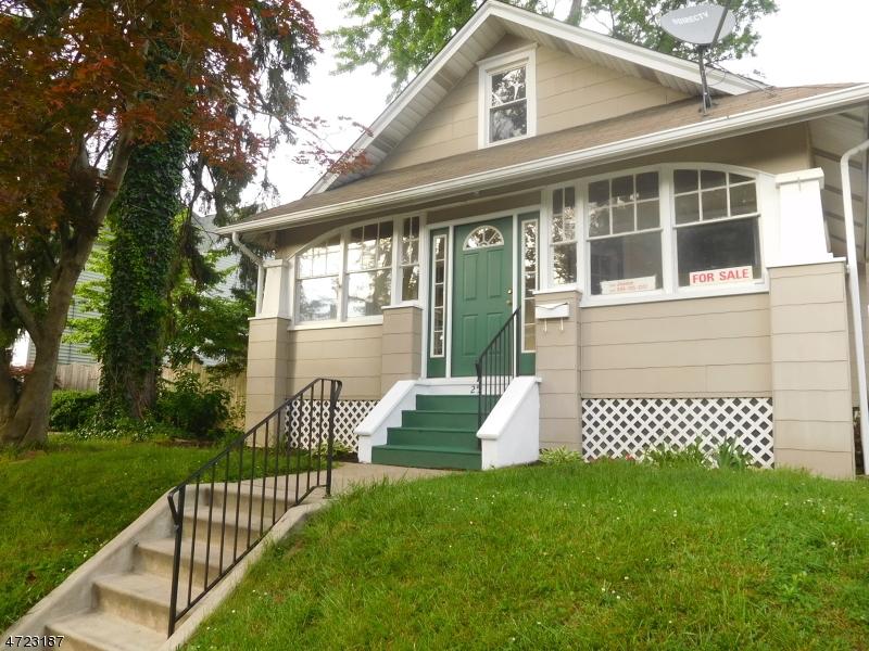 独户住宅 为 销售 在 25 Wyoming Avenue Audubon, 新泽西州 08106 美国