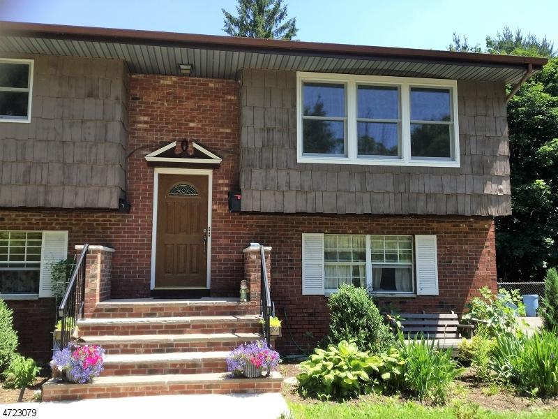 Частный односемейный дом для того Аренда на 9 DIVISION Street Sussex, Нью-Джерси 07461 Соединенные Штаты