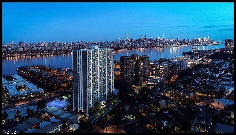 一戸建て のために 売買 アット 250 Gorge Road 250 Gorge Road Cliffside Park, ニュージャージー 07010 アメリカ合衆国