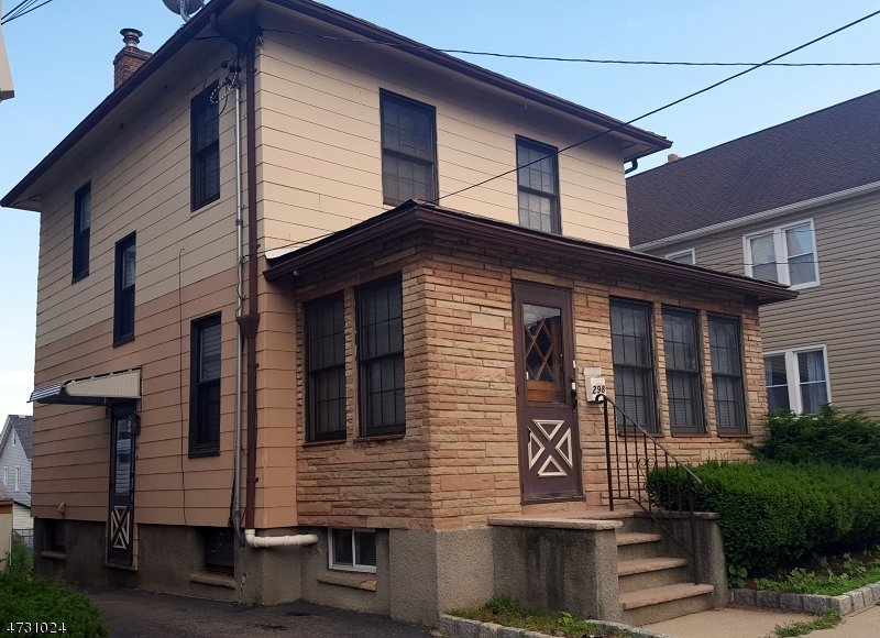 Single Family Home for Sale at 298 Devon St , Kearny, 07032 United States