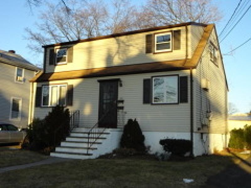 Частный односемейный дом для того Аренда на 123 Forest Avenue Hawthorne, Нью-Джерси 07506 Соединенные Штаты