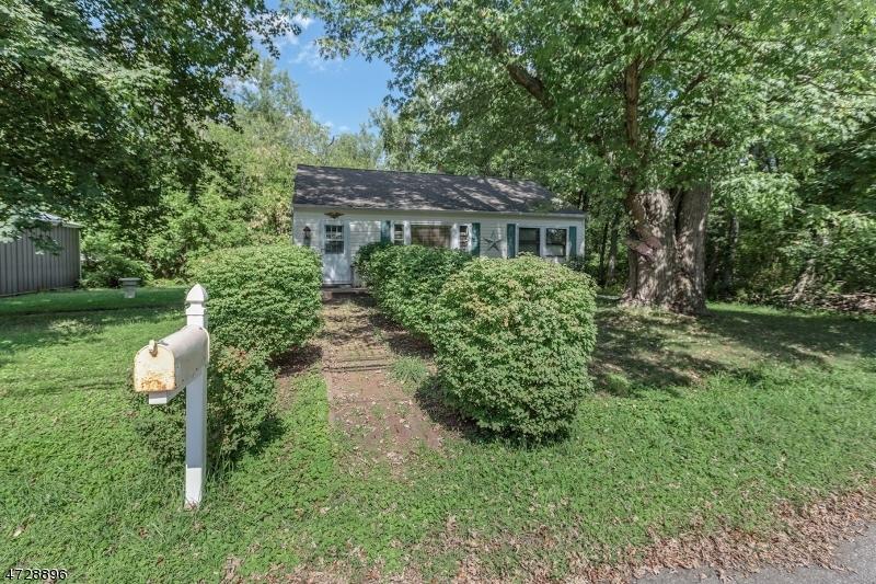 Nhà ở một gia đình vì Bán tại 1091 ROUTE 28 Branchburg, New Jersey 08876 Hoa Kỳ