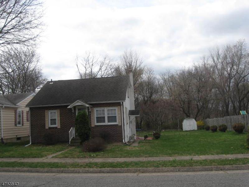 Casa Unifamiliar por un Alquiler en 874 Hill Street Phillipsburg, Nueva Jersey 08865 Estados Unidos