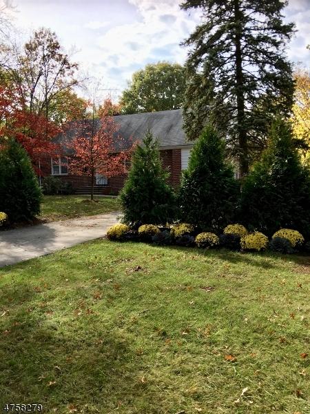 独户住宅 为 出租 在 315 W Northfield Road 利文斯顿, 新泽西州 07039 美国