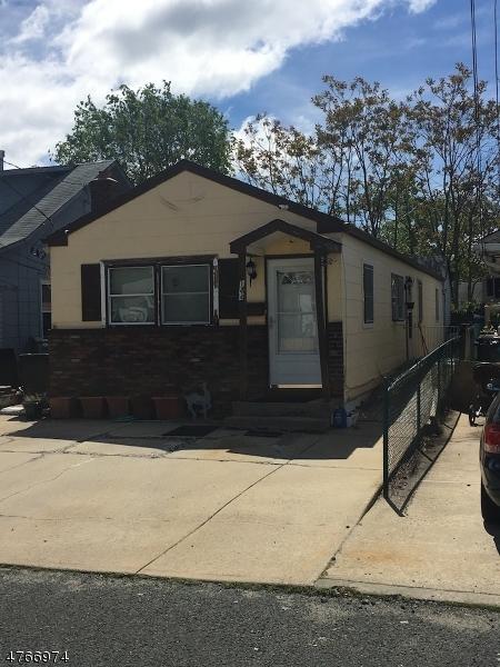 Частный односемейный дом для того Продажа на 144 Seabreeze Way Keansburg, Нью-Джерси 07734 Соединенные Штаты