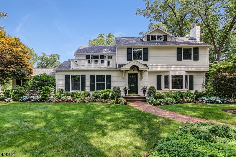 独户住宅 为 销售 在 32 Meadowbrook Road 查塔姆, 新泽西州 07928 美国