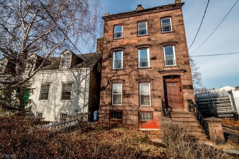 Casa Unifamiliar por un Alquiler en 223 Main Street Belleville, Nueva Jersey 07109 Estados Unidos