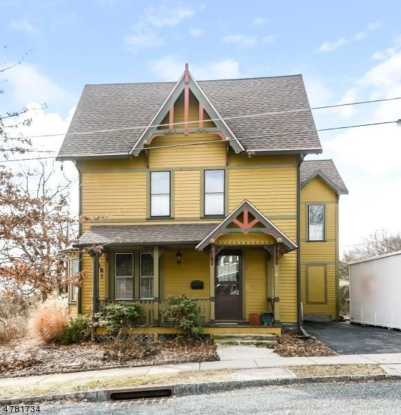 Casa Unifamiliar por un Venta en 6 TAYLOR Street High Bridge, Nueva Jersey 08829 Estados Unidos