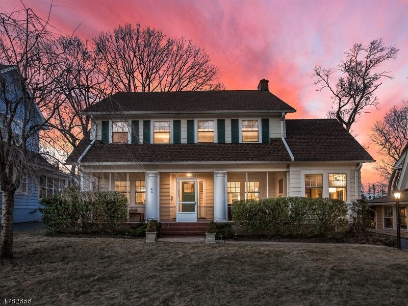 Maison unifamiliale pour l Vente à 46 Glen Ridge Pkwy Glen Ridge, New Jersey 07028 États-Unis